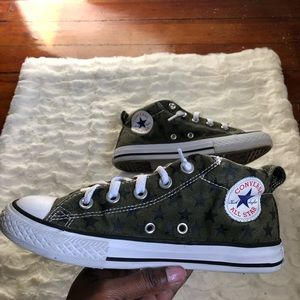Converse All Stars Army Green And Black Stars